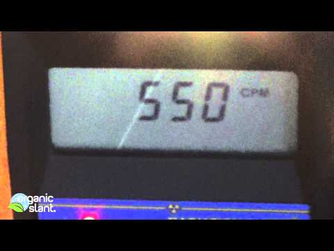 Radiation monitor Incandescent vs CFL light bulb 9-3-2014 | Organic Slant