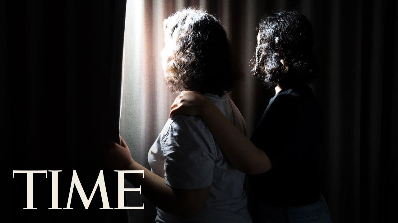 Saudi Sisters Gain Freedom With Emergency Visas: 'Take My Golden Cage And Give Me The Sky' | TIME