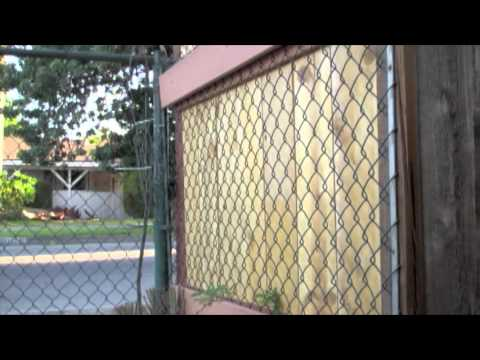 How to Burglar-proof Chainlink Fence