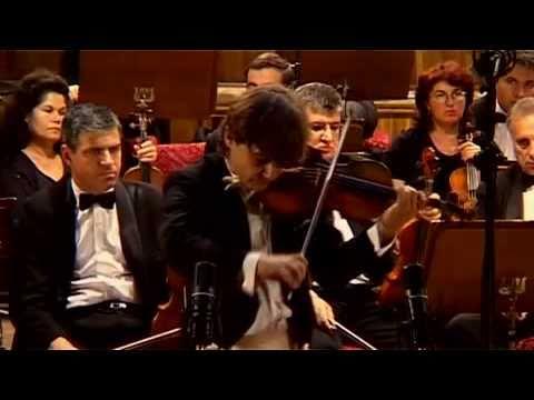 Manrico Padovani plays Paganini-Sauret Cadenza from violin concerto Nr. 1