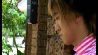 Anh Chap Nhan Lam Nguoi Den Sau