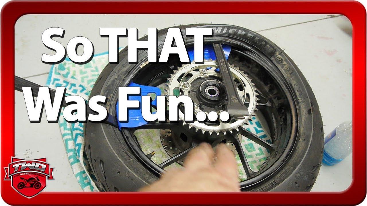 Erste Änderung der Motorradreifen und des Kanal-Updates + video