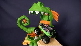 Hot Wheels Monster Jam Off-Road Dragon Blast Challenge from Mattel