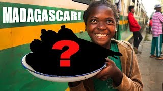 malagasy-street-food-on-a-train-absolute-nightmare