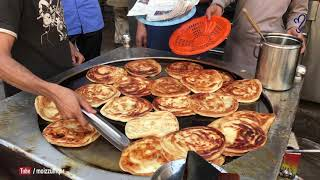 Pizza paratha   street food of karachi, pakistan 🇵🇰