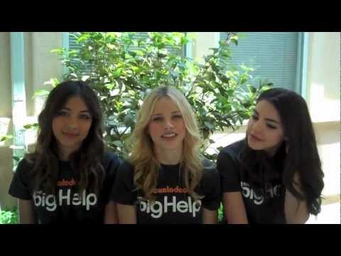 Lulu Antariksa, Halston Sage & Samantha Boscarino  The Big Help @ New Horizon School
