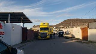 Se encontró  Freightliner y remolque abandonado en Huixcolotla Puebla