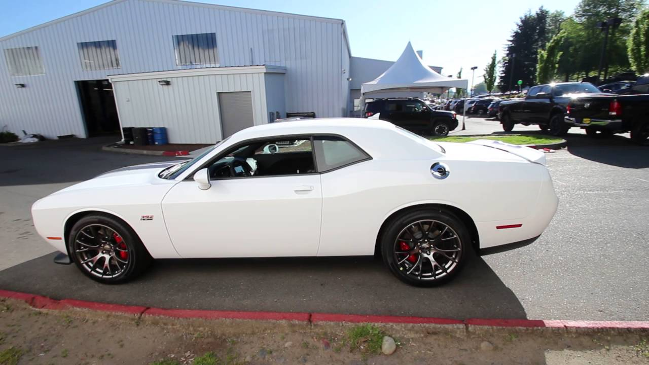 2016 Dodge Challenger Srt8 392 White Gh236909