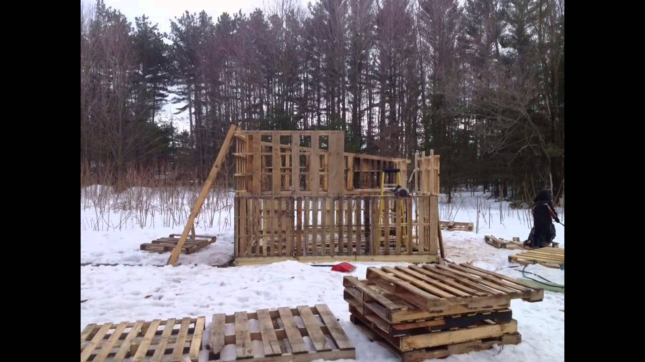 how to build a clubhouse out of pallets