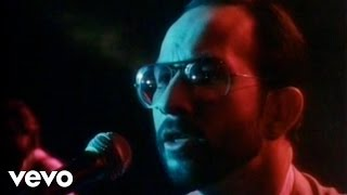 Manfred Mann's Earth Band - Runner (Official Video)