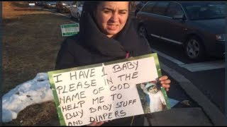 woman-panhandling-for-her-baby-had-500-purse-and-new-iphone-x