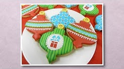 How to Decorate a Fancy Ornament Cookie