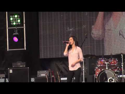 Fresno Hmong New Year 2018: Kiki Xiong-Singing Contestant