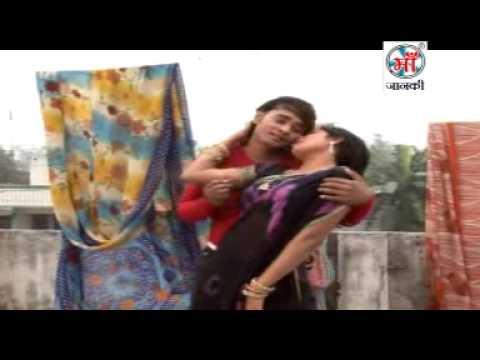 Bhojpuri Hot Song   Sanan Chale Purvai