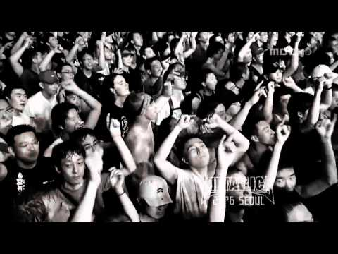 Apocalyptica with James Hetfield & Lars Ulrich {Metallica} - The Unforgiven...