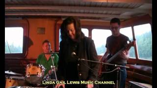 Linda Gail Lewis & Billy Bremner - Rip It Up / Ready Teddy (2011)