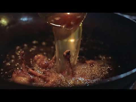 Busaba Presents; Sriracha Chilli Hot Wings