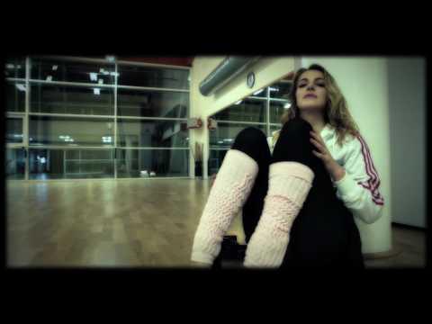 Claudia Gerini  Maniac   Video