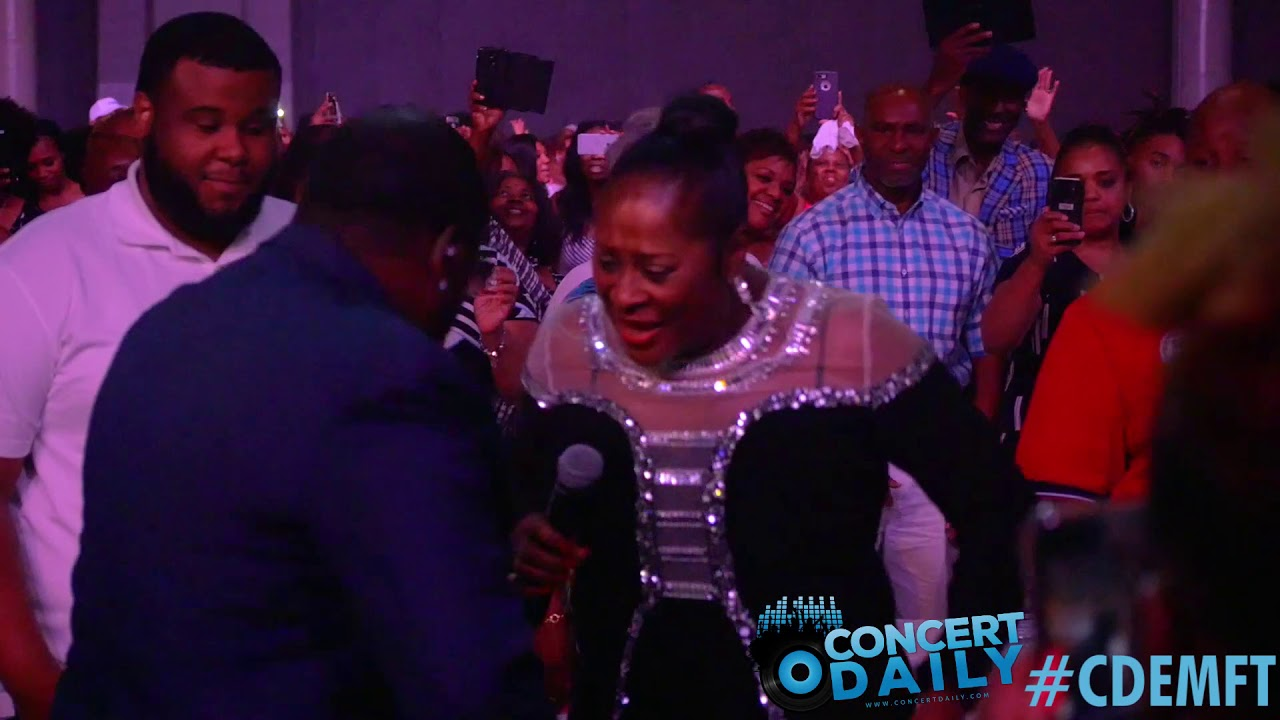 """Johnny Gill & Dottie Peoples perform """"Testify"""" live; 2018 Essence Fest #CDEMFTakeover"""