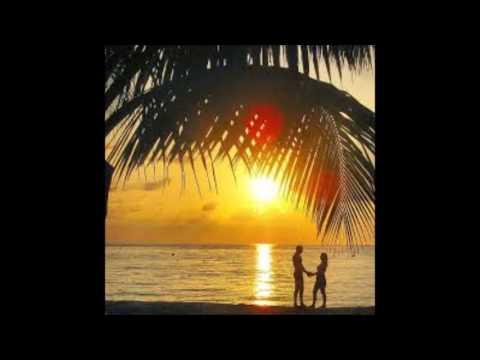974 Smooth 70s Summer Beach Love Waves Funky Latin Dance Groove 16´Beat Theme 120 Bpm 3 Yamaha solos
