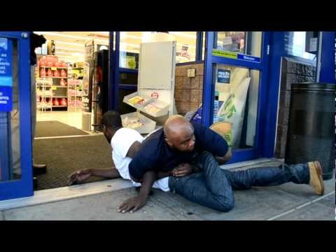 Shoplifter makes conversation while being detained ...