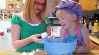 Cooking With Harmony E04 - Chocolate Chip Cookies