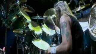 Iron Maiden - Hallowed Be Thy Name(Flight 666)