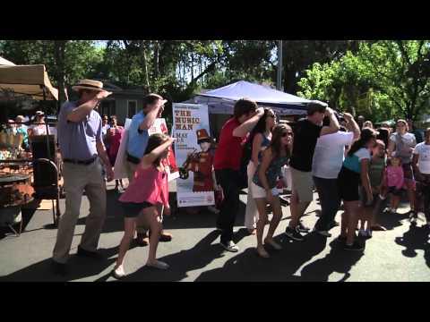"Meredith Willson's ""The Music Man"" Flash Mob"