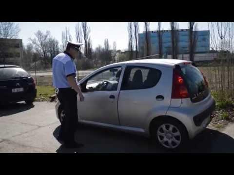 """Şoferii """"tupeişti"""" amendaţi de poliţia rutieră"""