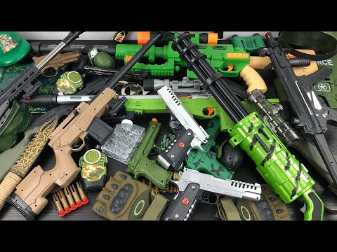 Military Toy Guns Team! Toy Guns, Toy Rifle and Equipment Most Used by Soldiers - Weapons & Rifles