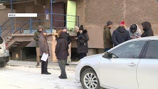 Якутские чиновники проинспектировали капитальные ремонты многоквартирных домов