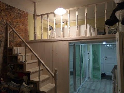 гардеробная комната с высокими потолками
