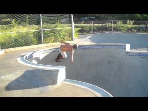 Hawaii! Kamiloiki, Pearl City, Bonzai Skateparks