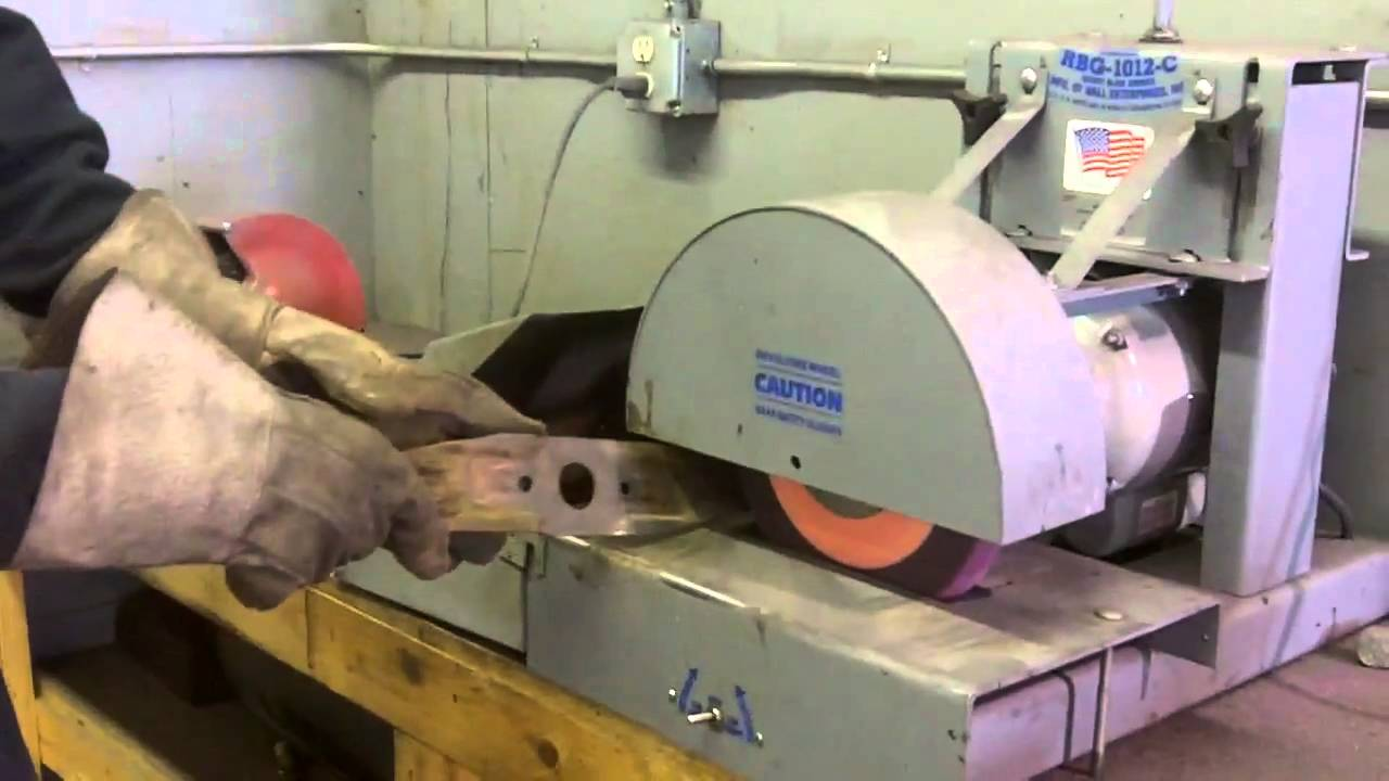 How To Sharpen Balance A Lawn Mower Blade Youtube