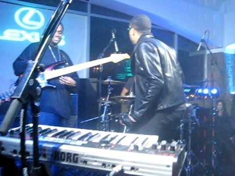 Ryan Leslie - Valentine Live @ Provecho LA (12/21/09)