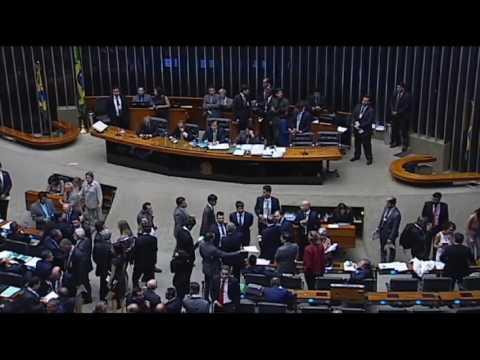 Câmara adia de novo votação do projeto que cria regime de recuperação fiscal dos estados