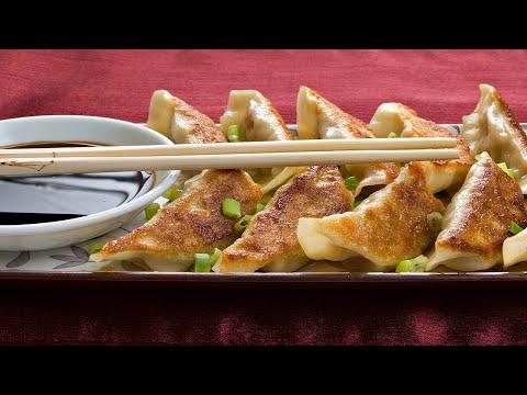 Вопрос: Как приготовить японские пельмени гедза?