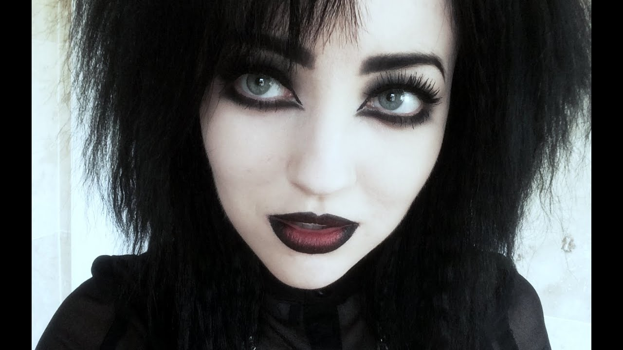 how to apply goth