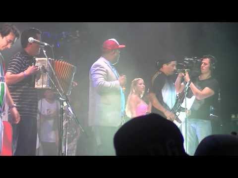 Ella - Damas Gratis y Los Reyes Vallenatos Luna 2012