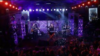 Garik & Sona  - Qamin Zana  (live at Aznavour square) HD