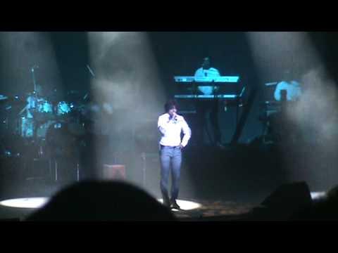 Sonu Nigam's tribute to Michael Jackson!