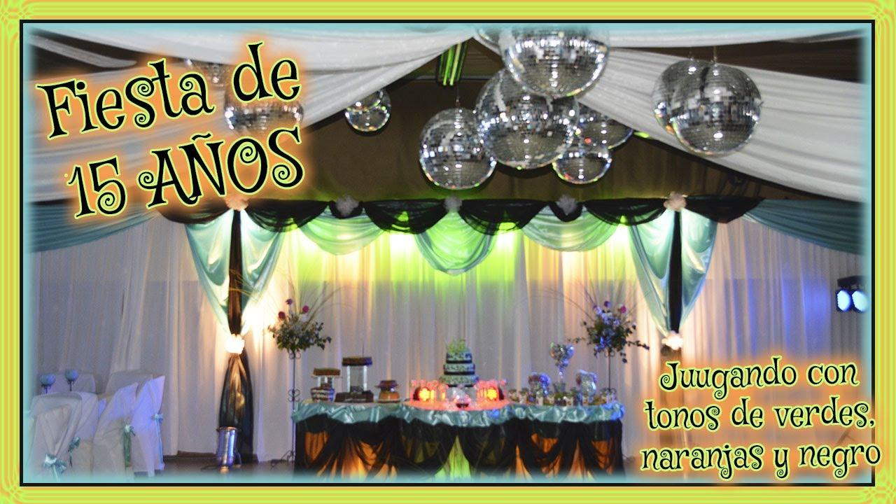 Decoraci n de fiesta de 15 a os en colores verde negro y for Decoracion de pared para quinceanera