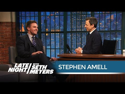 Arrow's Stephen Amell's Terrible Golden Globes Experience  Late Night with Seth Meyers