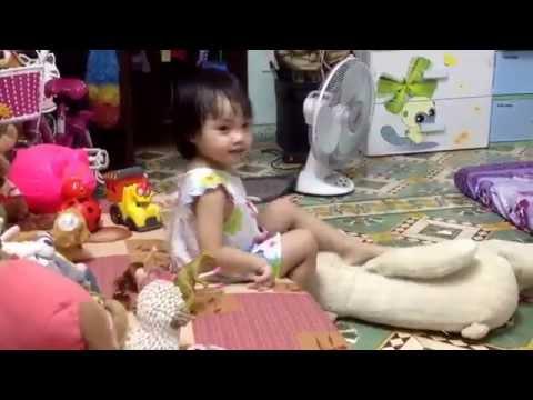 Bác gấu Thỏ và Cáo - Bảo Như 3 tuổi