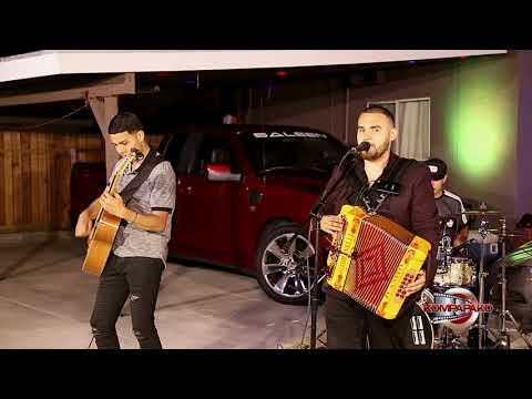 Los Chavalos De California- La 40 [Inedita En Vivo] Corridos