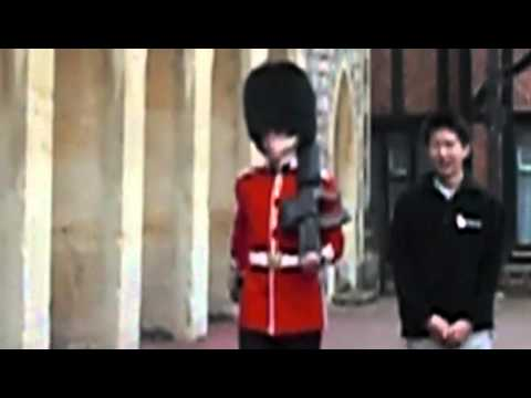 why-you-don't-harass-the-queen's-guard
