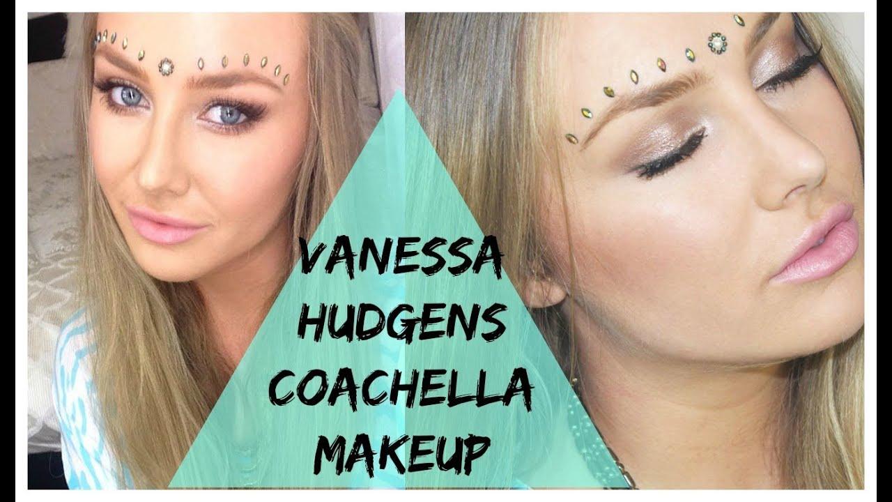 Vanessa Hugdes Naked 20