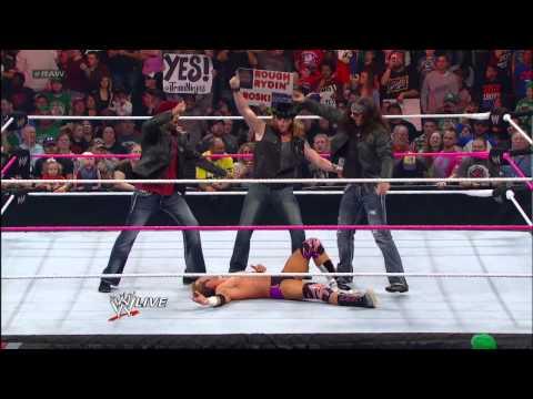 Santino Marella & Zack Ryder vs. The Prime Time Player: Raw, Oct. 15, 2012