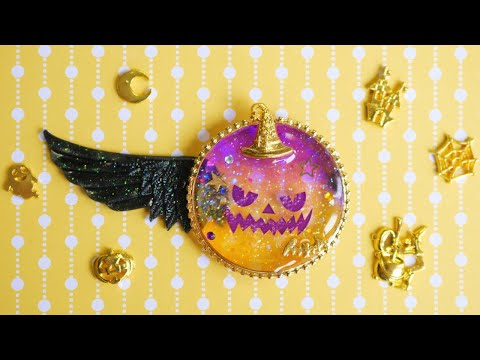 DIY UV Resin Spooky Halloween Charm