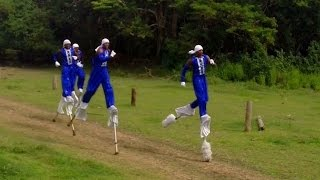 Stilt Walkers : The Race